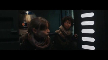 DURACELL TV Spot, 'Star Wars Rogue One: How the Rebels Saved Christmas' - Thumbnail 5