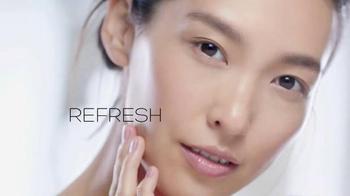 Garnier SkinActive Micellar Cleansing Water TV Spot, 'Cleansing Sensation' - Thumbnail 6