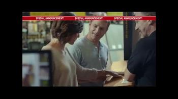 Lumber Liquidators Fall Flooring Yard Sale TV Spot, 'Special Announcement' - Thumbnail 1