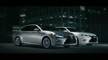 Lexus ES TV Spot, 'You Time: Customer Cash' - Thumbnail 4