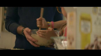 Nestle Toll House TV Spot, 'Bake a Difference' - Thumbnail 4