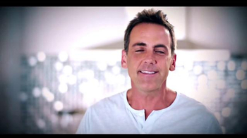 Telemundo TV Spot, 'Coca-Cola: Carlos Ponce y Erika Csiszer' [Spanish] - Thumbnail 1