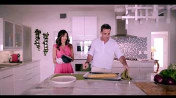 Telemundo TV Spot, 'Coca-Cola: Carlos Ponce y Erika Csiszer' [Spanish] - Thumbnail 4