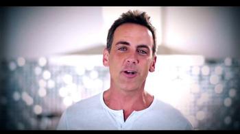 Telemundo TV Spot, 'Coca-Cola: Carlos Ponce y Erika Csiszer' [Spanish] - Thumbnail 5