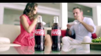 Telemundo TV Spot, 'Coca-Cola: Carlos Ponce y Erika Csiszer' [Spanish]