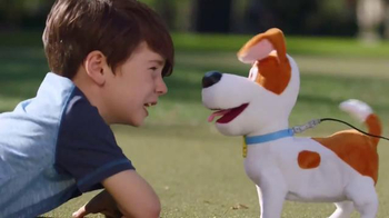 The Secret Life of Pets Best Friend Max TV Spot, 'Really Walks and Talks' - Thumbnail 4