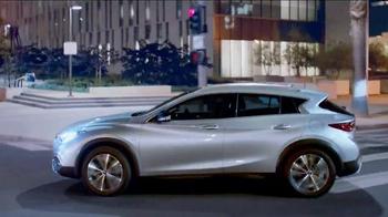 2017 Infiniti QX30 TV Spot, 'Bold Drive' - Thumbnail 8