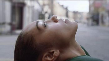 Bose QuietComfort 35 TV Spot, 'Get Closer' Song by Tala