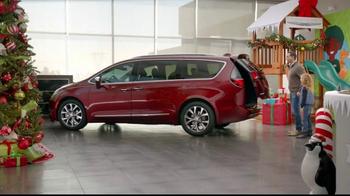 Chrysler Black Friday Sales Event TV Spot, 'PacifiKids' Song by OneRepublic - Thumbnail 2
