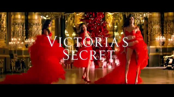 Victoria's Secret TV Spot, 'What You Want for Christmas' - Thumbnail 6