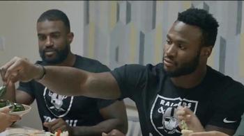 NFL TV Spot, 'Nos une' con DJ Hayden, Latavius Murray [Spanish] - Thumbnail 3