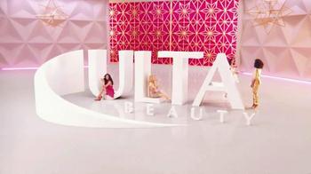 Ulta TV Spot, 'Holidays: Joy to the Girl' Song by Genevieve - Thumbnail 5