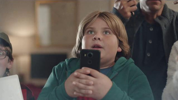 Fios by Verizon TV Spot, 'Sled Jump' Song by Steve Miller Band - Thumbnail 4