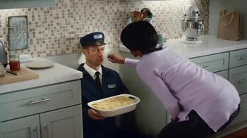 Maytag No-Smear November TV Spot, 'Handsy' Featuring Colin Ferguson - Thumbnail 3