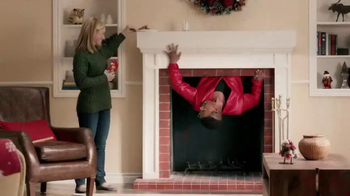 Command TV Spot, 'Holiday Decorating with Hammer' Featuring MC Hammer - Thumbnail 10