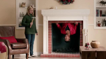 Command TV Spot, 'Holiday Decorating with Hammer' Featuring MC Hammer - Thumbnail 4