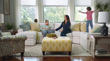 La-Z-Boy iClean Stain-Resistant Fabric TV Spot, 'Plans' Ft. Brooke Shields - Thumbnail 6