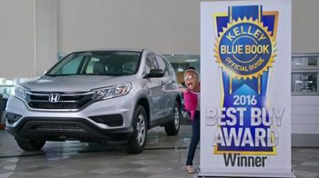 Honda Take Home a CR-V Sales Event TV Spot, 'Daughter' - Thumbnail 10