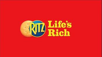 Ritz Crackers TV Spot, 'Truck Stop' - Thumbnail 9
