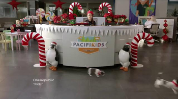 Chrysler Black Friday Sales Event TV Spot, 'PacifiKids: Stowing & Screens' Song by One Republic - Thumbnail 1