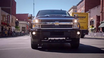 Chevrolet Silverado TV Spot, '2016 CMA Awards' Ft. Luke Bryan, Old Dominion - Thumbnail 2