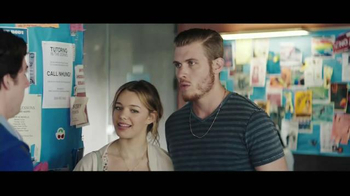 AT&T THANKS Ticket Twosdays TV Spot, 'Boyfriend' - Thumbnail 6