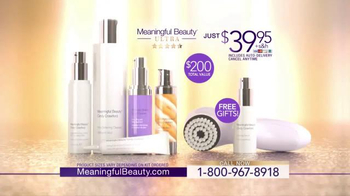Meaningful Beauty Ultra TV Spot, 'Supermodel Skin' Featuring Cindy Crawford - Thumbnail 8