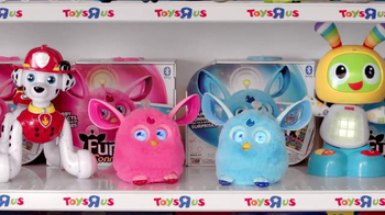 Toys R Us TV Spot, 'Furby Says Yessss' - Thumbnail 3