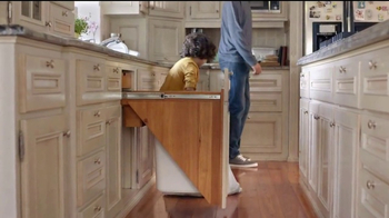Bounty TV Spot, 'Chores for Mom and Dad' - Thumbnail 4