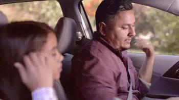 2016 Honda Accord LX TV Spot, 'Camion de Helados' [Spanish] - Thumbnail 4