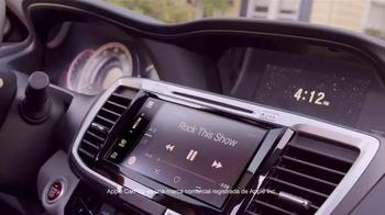 2016 Honda Accord LX TV Spot, 'Camion de Helados' [Spanish] - Thumbnail 6