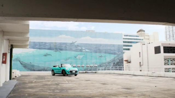 2016 MINI Convertible TV Spot, 'Stay Open' Song by You Guys Berlin - Thumbnail 2