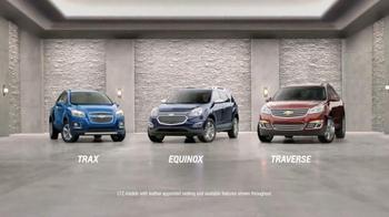 2016 Chevrolet Equinox TV Spot, 'Three Sizes' - Thumbnail 3