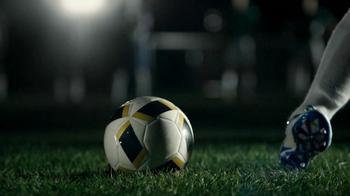 Buffalo Wild Wings TV Spot, 'Penalty Kick' - Thumbnail 3