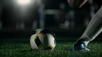 Buffalo Wild Wings TV Spot, 'Penalty Kick' - Thumbnail 5