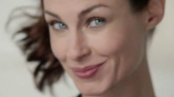 Olay Total Effects Anti-Aging Daily Moisturizer TV Spot, 'Be Ageless'