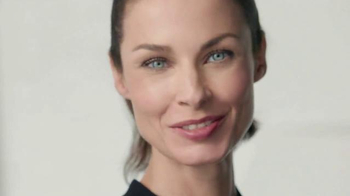 Olay Total Effects Anti-Aging Daily Moisturizer TV Spot, 'Be Ageless' - Thumbnail 7
