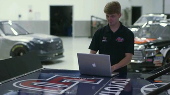 Liberty University TV Spot, 'Brakes' Featuring William Byron - Thumbnail 9