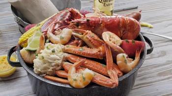Joe's Crab Shack Corona Beach Steampot TV Spot, 'Kisses' - Thumbnail 7