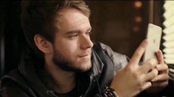 T-Mobile TV Spot, 'Conecta a toda tu familia' con Zedd [Spanish] - 125 commercial airings
