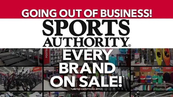Sports Authority TV Spot, 'Going Out of Business: Gifts for Dad' - Thumbnail 5