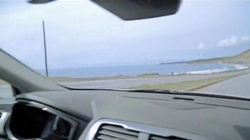 2016 Ford Fusion Energi TV Spot, 'California Driving' - Thumbnail 4