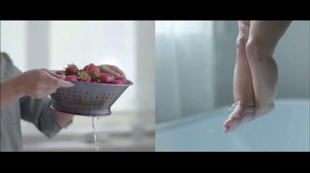 Gerber TV Spot, 'Our Babies' Song by Amos Lee - Thumbnail 6