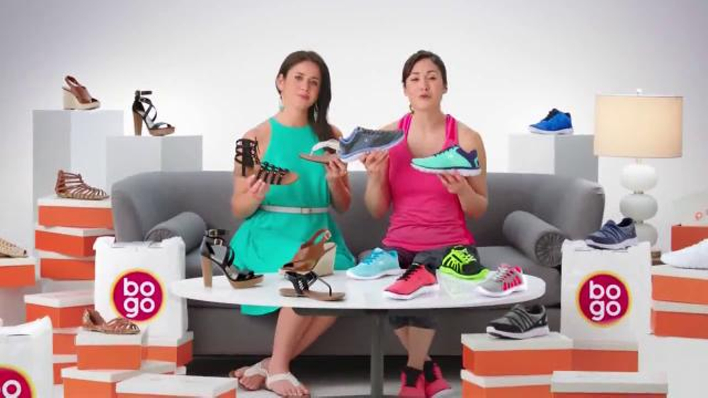Payless Shoe Source BOGO TV Commercial, 'Muestra tus lados diferentes'