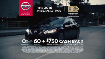 2016 Nissan Altima TV Spot, 'The Moment: Safety' - Thumbnail 3