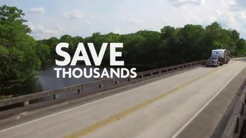 Camping World Summer Sell-Off TV Spot, 'Travel Trailers and Accessories' - Thumbnail 2