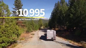 Camping World Summer Sell-Off TV Spot, 'Travel Trailers and Accessories' - Thumbnail 4