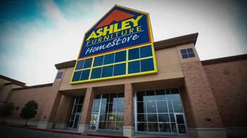 Ashley Furniture Homestore Red Carpet Event TV Spot, 'Last Chance' - Thumbnail 1