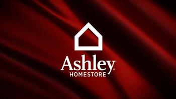 Ashley Furniture Homestore Red Carpet Event TV Spot, 'Last Chance' - Thumbnail 2