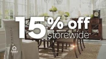 Ashley Furniture Homestore Red Carpet Event TV Spot, 'Last Chance' - Thumbnail 4
